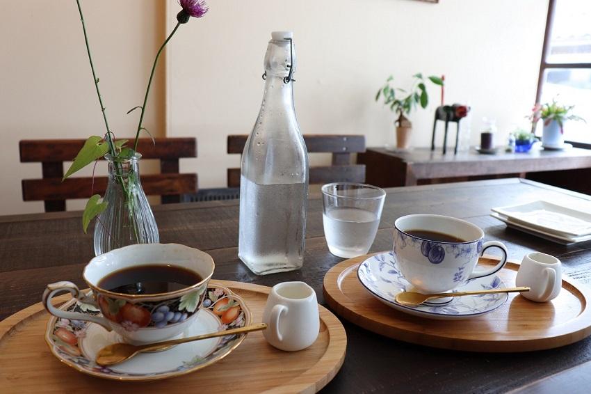 カフェ「Blue Bee(ブルービー)」コーヒー