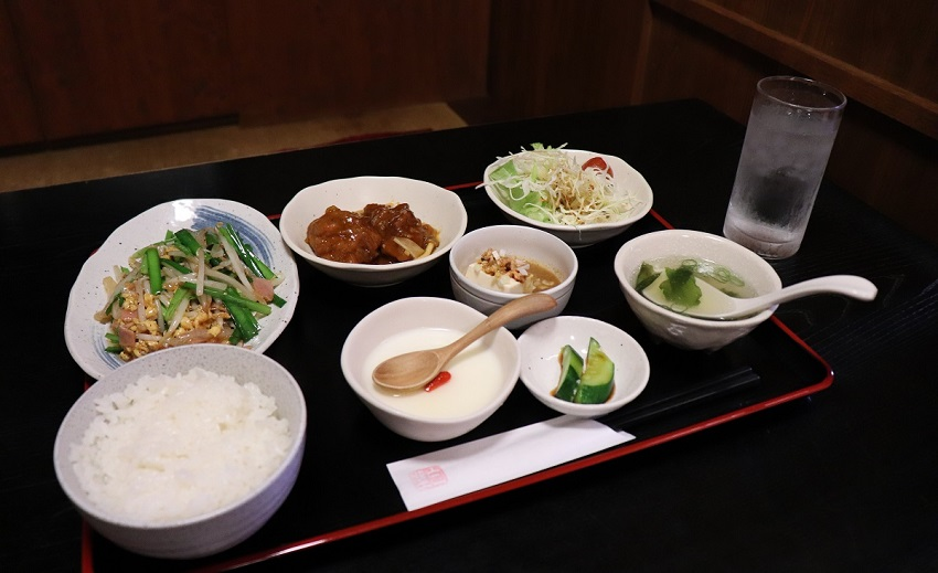 中華料理店「白壁」日替わり定食