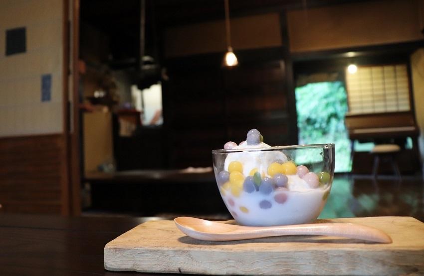古民家カフェ「あるの森」ブアローイカイワン