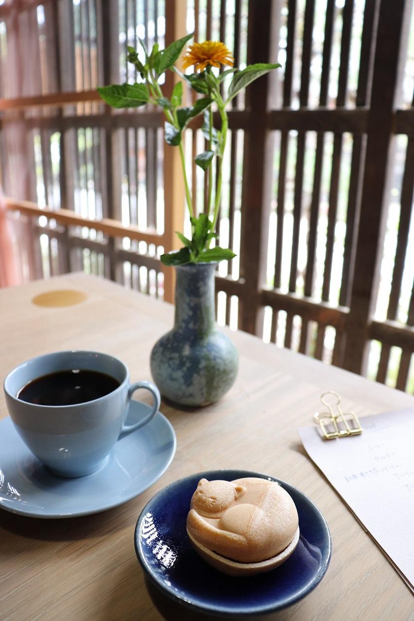 和カフェ「あんこや ぺ」最中(もなか)