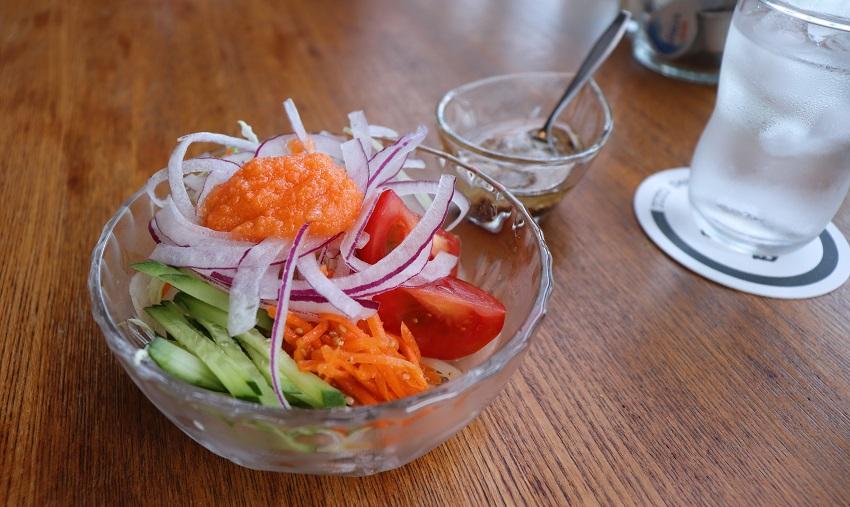 萬來屋のサラダ
