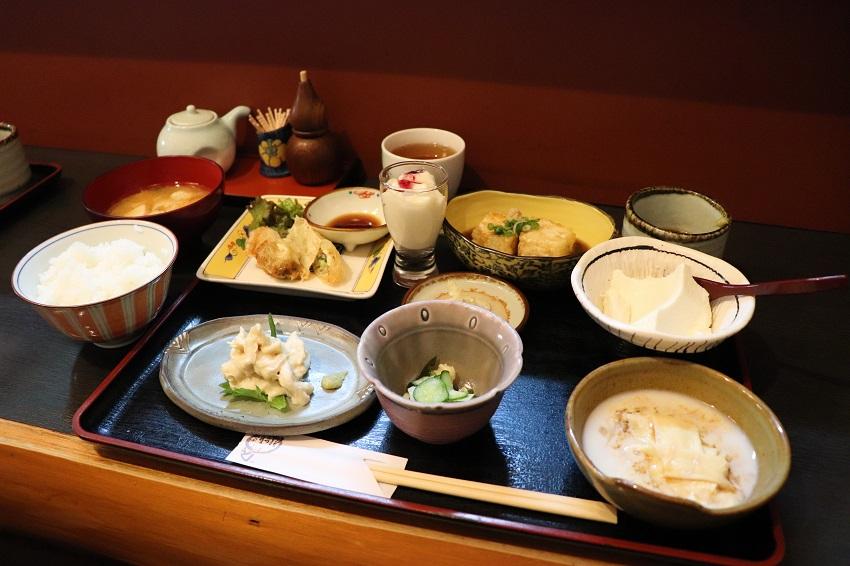 白寿庵の豆腐ランチ