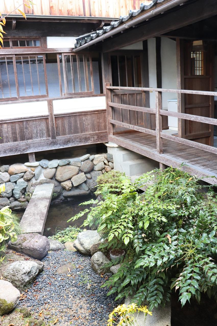 郷宿の中庭(日本庭園)