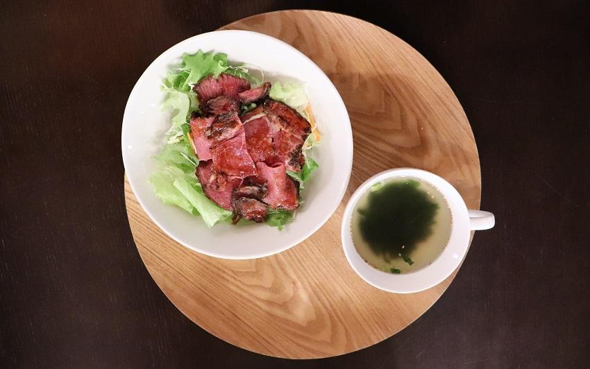 北房あざえ茶屋「ローストビーフ丼」
