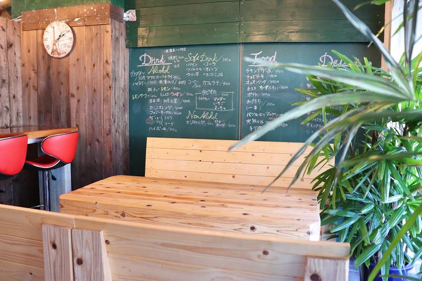 LOGI CAFE(ロージカフェ)店内