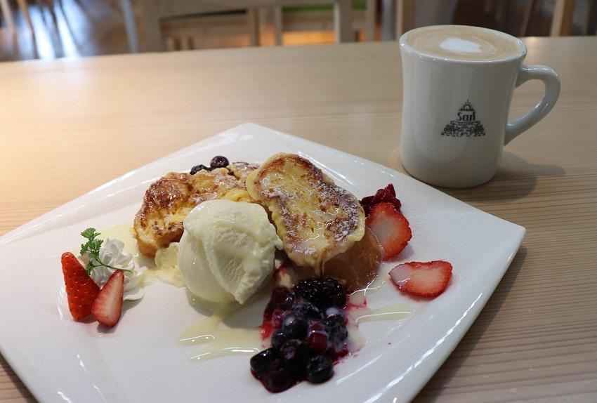 Cafe&Dining San(カフェ&ダイニング サン)フレンチトースト