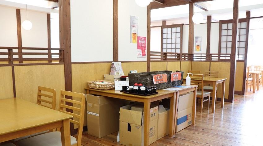 「賀露港 市場食堂」セルフサービス